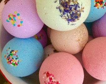 Bath Bomb - Peach Calendula - Bath Fizzy