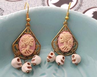 Skeleton Lady Skull Golden Dangly filigree earrings