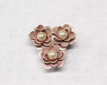 1930s Vintage Lavender Pink Enameled Flower Dress Clip