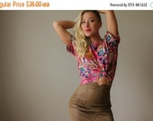 ON SALE 1980s Silk Tess Blouse~Size Extra Small to Medium