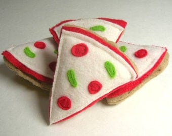 Pizza Catnip Cat Toy for Kitty // Great Gift for the Pet Lover // A Stocking Stuffer for Your Kitty