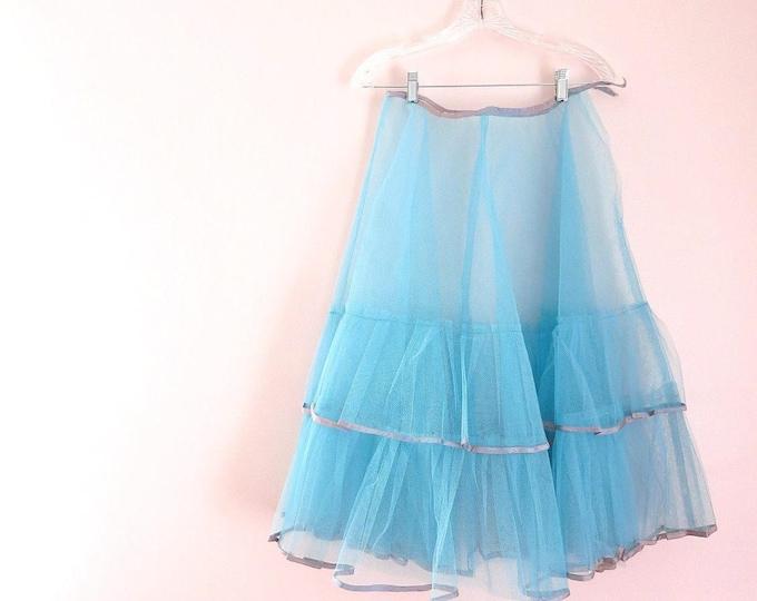 Blue Vintage Petticoat - 1950s Tulle Petticoat -  Vintage Tulle Petticoat S/M - Tiffany Blue