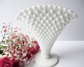 Vintage Fenton Milk Glass Hobnail Fan Vase - Classic Style