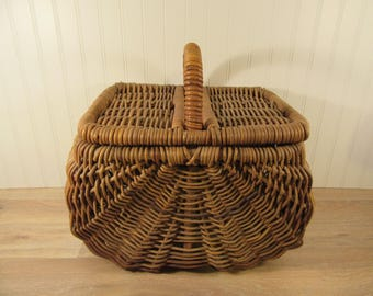 Large woven stick buttocks basket with raised handle and removable lid- beautiful, very large, solid, functional, rustic