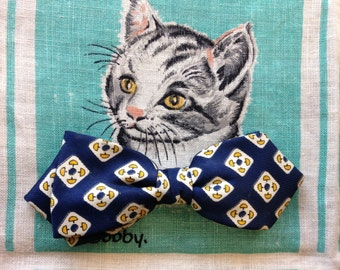 Vintage 1950's blue silk clip on bow tie