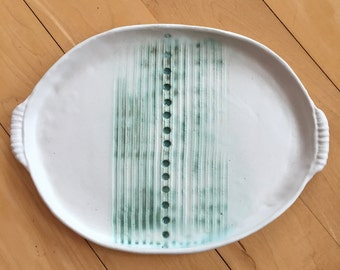Decorative tray in matte white with jade stripes and dots
