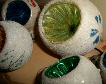 Antique SNOW BALL Christmas Tree Ornaments Mercury Glass Recessed Painted Frosted Lot Six 6