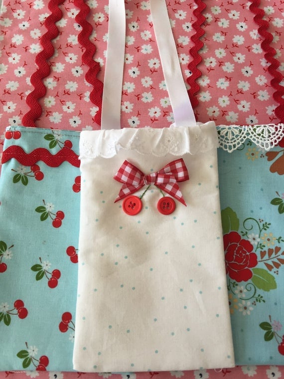 """Phone Carrier Tote (4 1/2"""" x 9 1/2"""" )  Necklace  Sewing Pattern - PDF Download"""