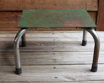 Vintage METAL STEP STOOL- Community Metal Products- Green Chipped Paint Industrial Decor- Farmhouse Kitchen Stool Sturdy Rubber Grip Legs