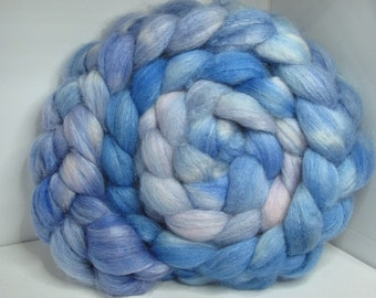 BFL/Tussah 75/25 Roving Combed Top - 5oz - Seattle Sky 2