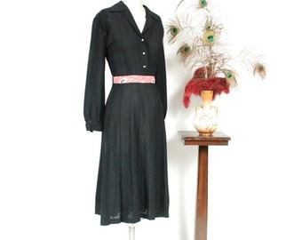 2 DAY SALE - 1940s Vintage Dress - Ideal 40s Black Shirtwaist Gored Skirt Rayon Dress with Full Sleeves