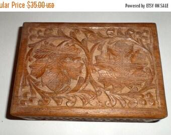 Blow Out Sale Vintage Carved Wood Box - Oak Leaf Design Box - Lined Box - Hinged Lid - Double Oak Leaf Design - Carved Wood Box - Jewelry Tr