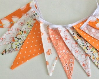 Spring bunting - 12 flags, in peach and orange tones, Shabby Chic floral fabrics, Fabric Garland, Wedding Bunting, Girl's Bedroom