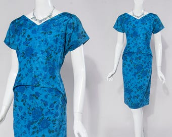 60s Mad Men style blue floral sheath dress | size medium