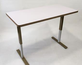 The Golden Taylor - Modern Adjustable Standing Desk - Bamboo Electric Adjustable Standing Desk
