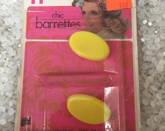 vintage barrettes RARE still in package , yellow oval barrette set