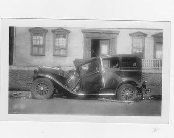 original 1930-40s black and white photo. of a wrecked car