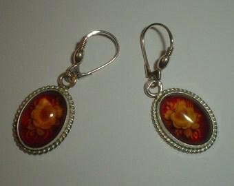 Silver earrings intaglio flower amber resin sterling dangly dangle pierced ears vintage