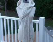 Ultra Plush Bulky Weight Yarn Version of the Nordic Hooded Scarf with Matching Pattern for Nordic Mittens