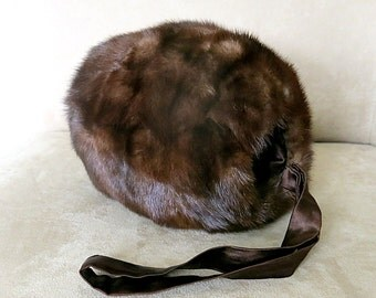 Ranch Mink Muff Hand Warmer 1950s-60s Warm Brown Tone Vintage Satin lining and Strap