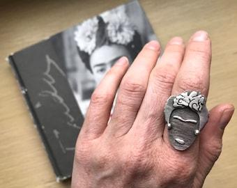 Viva La Frida Ring