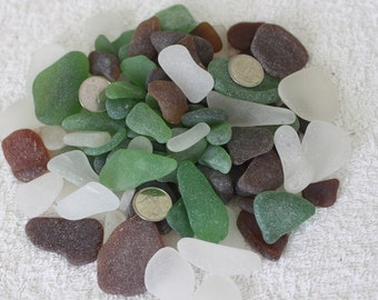 AWESOME GENUINE BEACHGLASS 100 Pieces of frosted jewelry quality beachglass in shades of white,amber and green  zy328