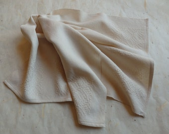 Hand Woven Towel in Organic Cotton Lace Weave