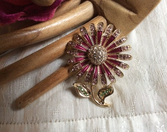 Vintage sweet pink clear crystals flower pin, pink crystals enamel daisy flower brooch