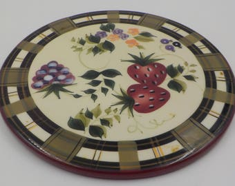 COUNTRY COTTAGE - Ceramic Strawberry Trivet - Round