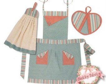 Queen Anne's Apron Set sewing pattern from Vanilla House Designs P124