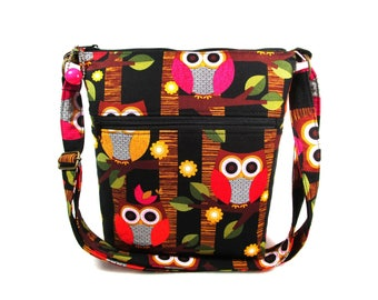 Colorful Owls Handmade Fabric Cross Body Purse / 6 Pockets / Washable