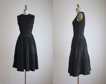 1950s tiered dress