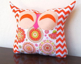 Express shipping/baby shower gift /large size/Orange nursery decor/ Smile hoot sunrise/ owl pillow/for her