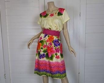 70s / 80s Hawaiian Dress- Cotton Floral Print in Yellow, Pink, & Purple- Boho Hippie Festival- Tropical Hibiscus Print