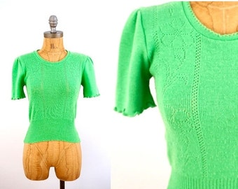 SALE vintage 70s lime green POINTELLE flower short sleeve SWEATER top S-M