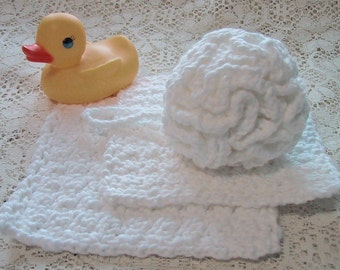 Baby Bath Set - 3 Piece Set -  Bath Puff and 2 Wash Cloths - Nice Baby Shower Gift - Handmade Crocheted - Soft Cotton Yarn - Ready to Ship