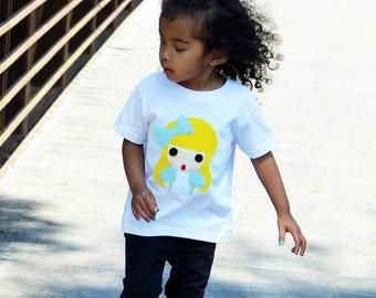 Alice - Alice's Adventure in Wonderland - Kids T-shirt - Children's Clothing - Gift