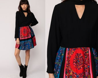 Floral Mini Dress 70s Boho KEYHOLE Black BANDANA PRINT 1970s Long Sleeve Choker High Waist Vintage Bohemian Mod Vintage Red Large