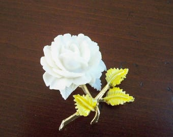Vintage Jewelry Brooch White Floral Pell Signed Pin Collectible Brooch