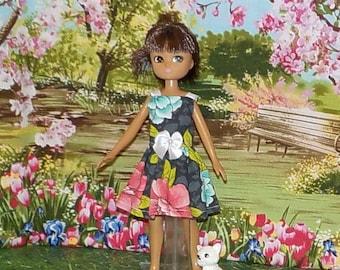 LTE-166) Lottie doll clothes, 1 pretty dress