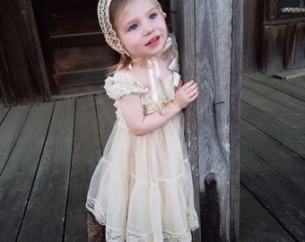 Champagne Chiffon Girls Dress- Flower Girl Dresses- Cream dress- Lace dress- Rustic Girls Dress- Baby Lace Dress- Junior Bridesmaid