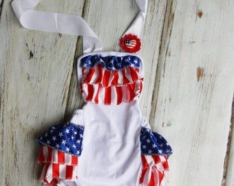 Baby Romper - 4th of July Romper - baby 4th of july outfit - Baby Sunsuit - Bubble Romper - Ruffle Bottom - Girls 4th of July Outfit- Flag