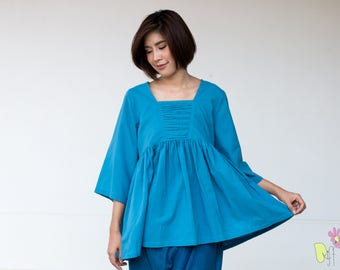 FREE SHIPPING--Cotton blouse with cute pleats