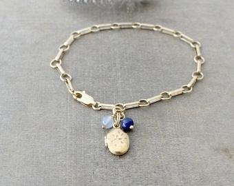 Gold Locket Bracelet, Gold Oval Locket, Heavy Gold Chain, Vintage Charm Bracelet, Chunky Chain Gold, Tiny Gold Locket, Gold Photo Locket
