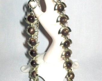 Vintage 1960's - Gold Tone Necklace w/BROWN Pearlized Synthetic Stone Insets