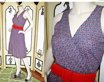 20% Off Vintage 1970's Navy Floral Sundress with Surplice Bodice and Hem Ruffle by JT Dress Co. of California. Medium.