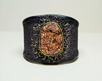 Genuine Stingray leather bracelet cuff with natural titanium druzy agate. Handmade leather bracelet.