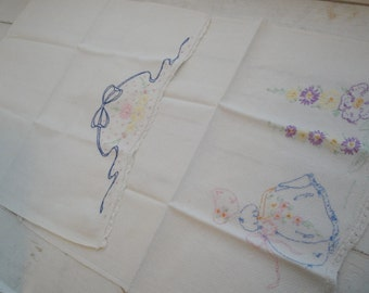 Vintage Hand Towels Embroidered Cotton Set of 2
