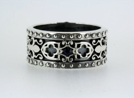 Renaissance Medieval Ring Wedding Band in Sterling Silver