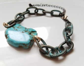 Turquoise slab and chain bracelet, trendy minimalist stone bracelet, boho modern turquoise bracelet, southwestern stacking gemstone bracelet